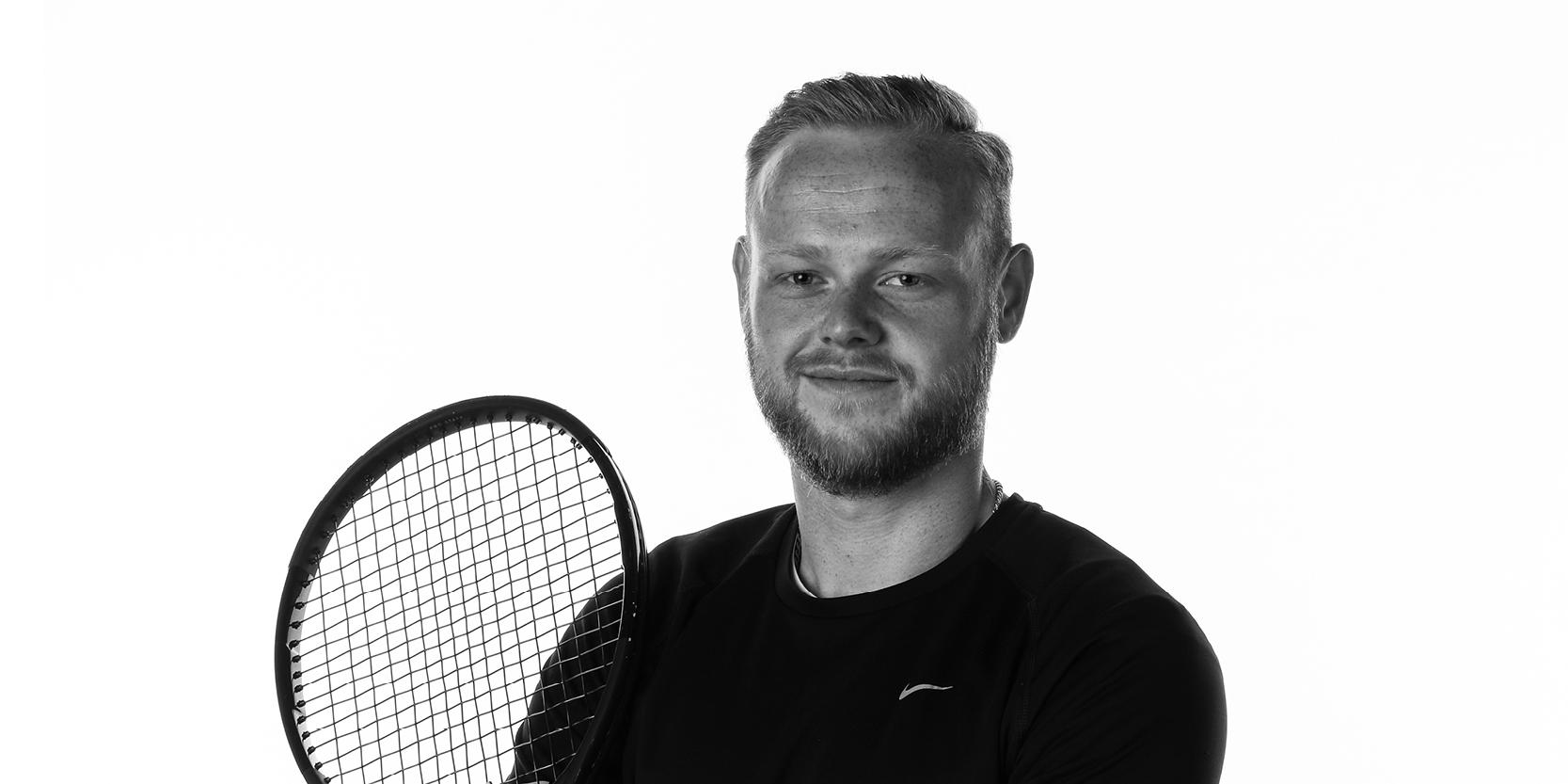 racquets-04
